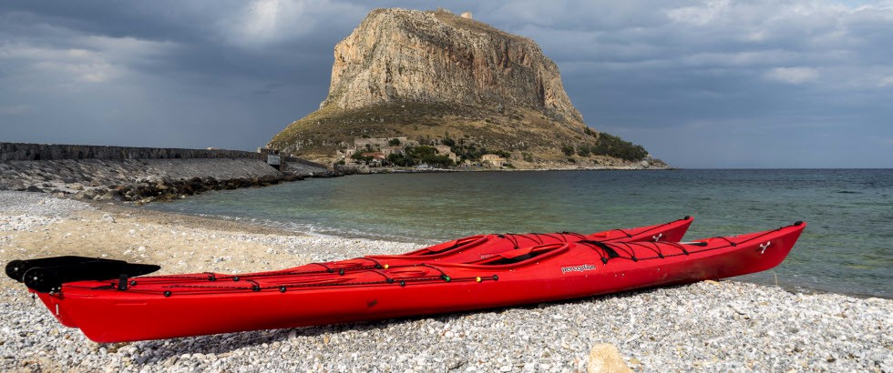 <h1>Sea Kayaking in Monemvasia!</h1><h3>Don't miss the chance to live a unique experience and stare at the mythical Castle Town from the sea as it is unveiled in its entire glory.</h3>
